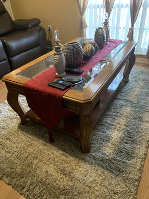 3 Piece Coffee and End Table for Sale in Orlando, FL