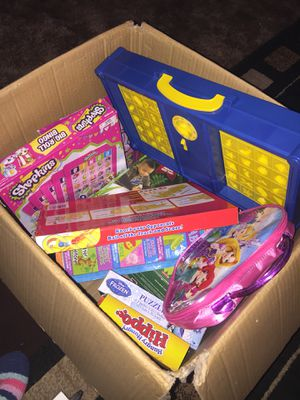 Box of puzzles,toys and games some new some may be missing pieces!! $10 for the whole thing! for Sale in Stockton, CA
