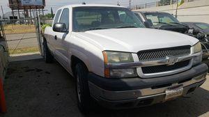2004 Chevy Silverado for Sale in Bakersfield, CA