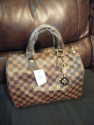 Women Handbag for Sale in Grand Prairie, TX