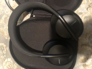 Bose noise block 700 headphones for Sale in Richmond, CA