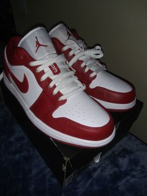 Air Jordan 1 low Gym Red Size 8.5 for Sale in Kent, WA