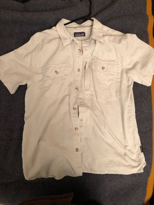 Patagonia short sleeved cotton shirt size M for Sale in Oceanside, CA
