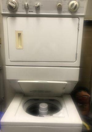 Stack washer/gas dryer work good 120v for Sale in Los Angeles, CA