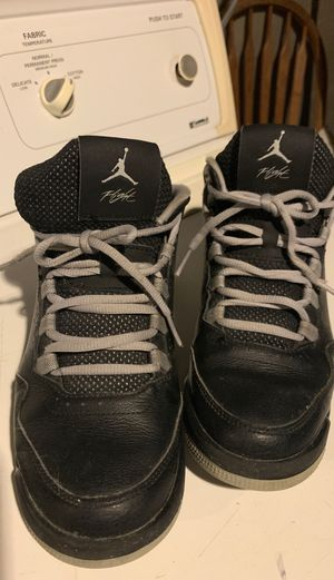 Jordan Flight Kid's shoes size 6 for $12 for Sale in Kansas City, MO