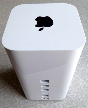 Apple Airport Time Capsule - 2TB - Like New for Sale in Lincoln, CA