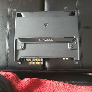 Kenwood Car Audio Amplifer for Sale in Downers Grove, IL
