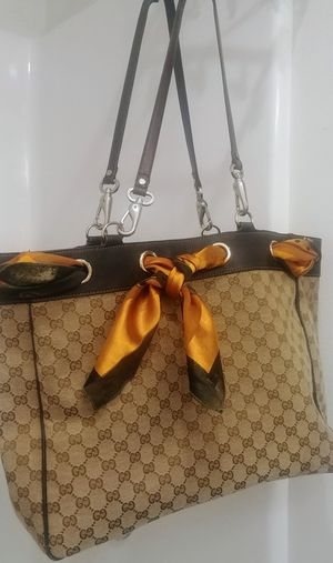 Gucci monogram postiano scarf tote bag for Sale in Kent, WA