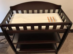 Changing table for Sale in Kenmore, WA