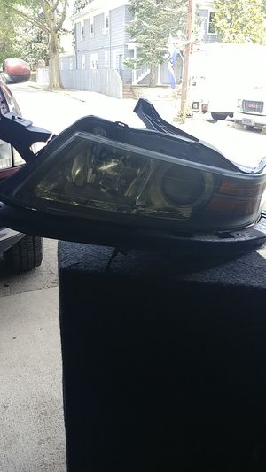 2004 to 2006 Acura TL headlight driver side for Sale in Providence, RI