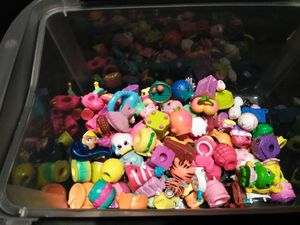 Lot of Shopkins and num nums for Sale in River Grove, IL