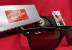 Ray-Ban New Wayfarer Non Polorized Sunglasses new for Sale in Issaquah, WA