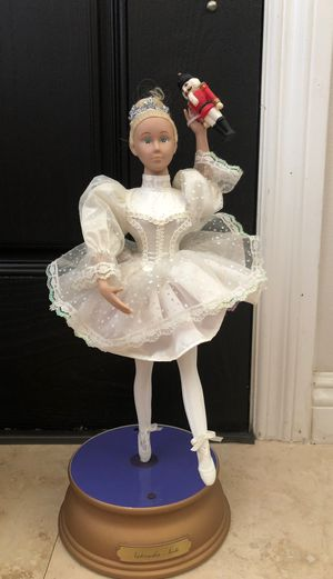 ROTATING BALLERINA HOLIDAY CREATIONS NUTCRACKER Suite for Sale in Walnut, CA