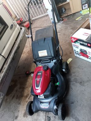 Variable Speed Gas Walk Behind Self Propelled Lawn Mower with Auto Choke for Sale in Gardena, CA