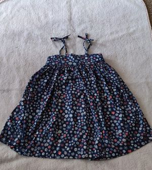Pretty flower dress for Sale in Dumfries, VA