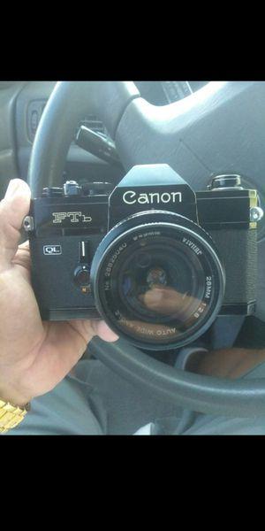 Canon FTB 35mm camera for Sale in El Monte, CA