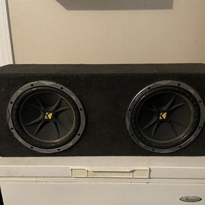 """Two 10"""" Subwoofers + Amp for Sale in Chula Vista, CA"""