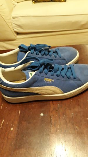 Puma classic shoes for Sale in Pinellas Park, FL