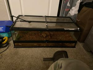 Exo terra 36x18 x12 for Sale in Vacaville, CA