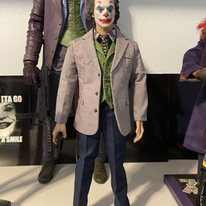 The Joker Joaquin Phoenix Custom Collectible Figure 1/6 for Sale in River Forest, IL