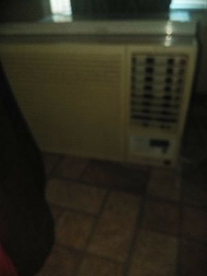 Ac window unit for Sale in Cleveland, OH