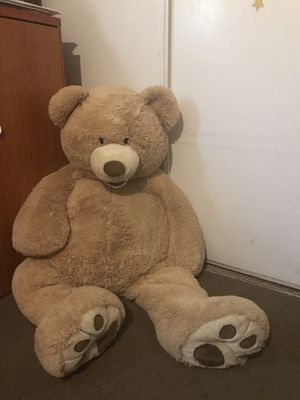 Giant 🧸 teddy bear for Sale in San Bernardino, CA