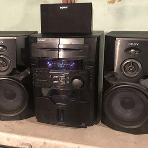 "Sony 60 CD ""Jukebox"" & Speakers for Sale in Greencastle, PA"
