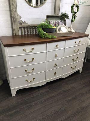 12 drawers Dresser for Sale in Clovis, CA