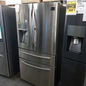 Samsung Stainless 4-Door ShowCase Refrigerator for Sale in Hacienda Heights, CA