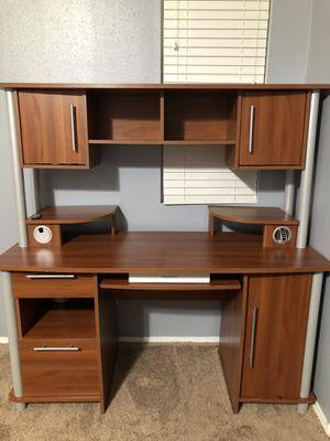 Computer desk for Sale in Winchester, CA