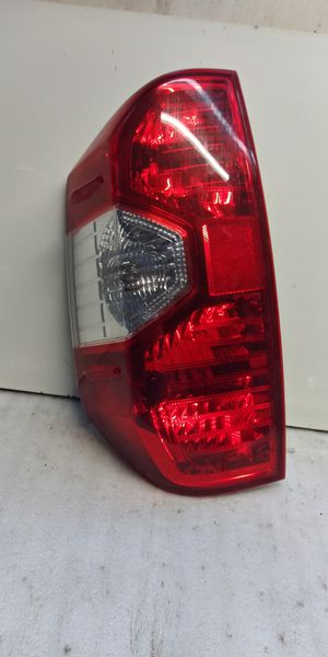 2014 - 2019 Toyota Tundra tail light for Sale in Lynwood, CA
