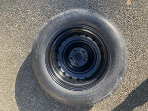 Goodyear spare wheel & tire. From Jeep Grand Cherokee for Sale in Renton, WA