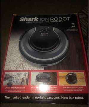 Shark ion robot vacuum in very good condition for Sale in Germantown, MD