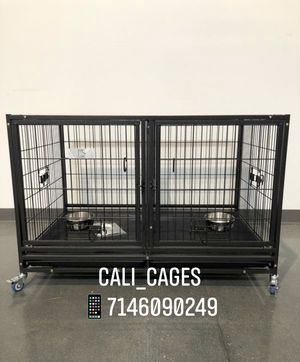 Dog pet cage kennel size 43 upper with divider tray and feeding bowls new in box 📦 for Sale in Pomona, CA