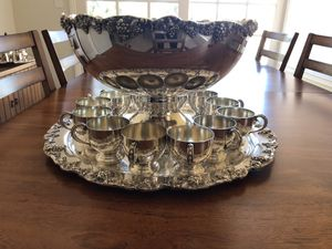 Vintage TOWLE Silverplate Punch Bowl Set for Sale in Bonita, CA