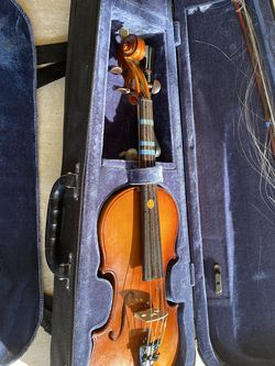 Violin Carlo Robelli P250 1/2 for Sale in Los Angeles,  CA