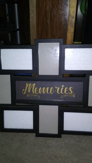 Picture frame for 8 photos for Sale in Buffalo, NY