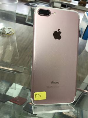 Unlocked iPhone 7 plus 128gb. For any carrier with store warranty for Sale in Pawtucket, RI