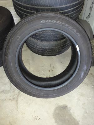 Single Goodyear P215/55/17 for Sale in Washington, IL