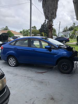 Ford Fiesta For Parts for Sale in Poinciana, FL