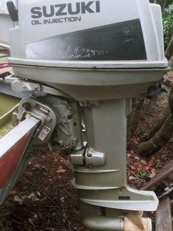 DT40 Suzuki 40 HP outboard motor for Sale in Kent,  WA