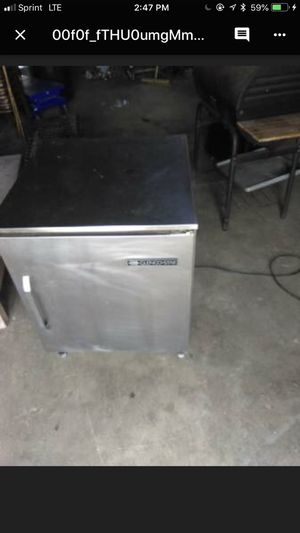 Small commercial refrigerator for Sale in Columbus, OH