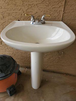 Pedestal sink for Sale in Goodyear, AZ