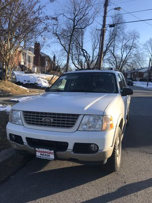 2005 Ford Explorer Eddie Bauer edition SUV for Sale in Aspen Hill, MD