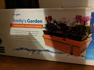 Hydroponic plant system COMPLETE / indoor tent/ lighting system/ ventilation system for Sale in Garland, TX
