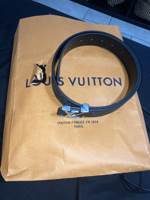 Louis vuitton belt (with original bag) for Sale in Orlando, FL