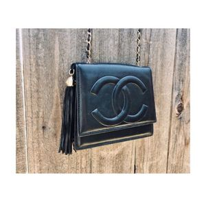 Vintage Black Chanel Bag for Sale in Los Angeles, CA