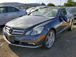 2010 Mercedes e350 e400 e550 coupe parting out used Parts for Sale in Los Angeles, CA