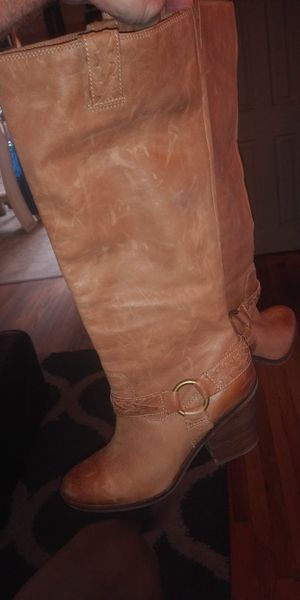 Lucky brand women's leather boots for Sale in Roseville, MI