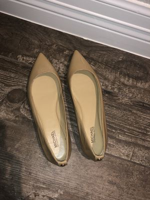 Michael Kors nude pointy flats 6.5 for Sale in Tomball, TX